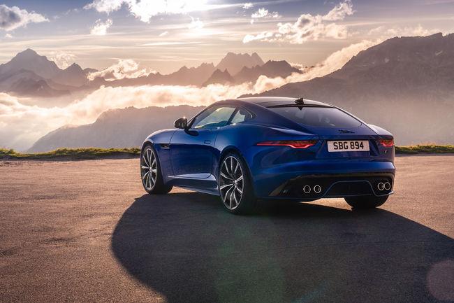 Jusqu'à 575 ch pour la nouvelle Jaguar F-Type