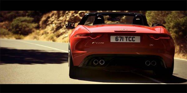 Ridley Scott filme la Jaguar F-Type !