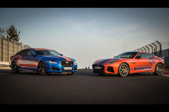 Jaguar : taxi de luxe sur le Nürburgring