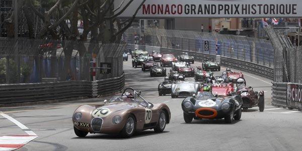 Un tour en Jaguar Type C à Monaco