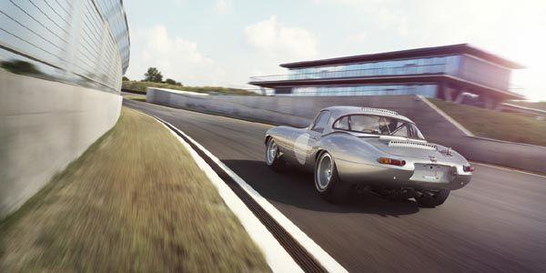 La Jaguar Type E Lightweight revit à Pebble Beach
