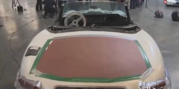 46 ans après, il retrouve sa Jaguar volée