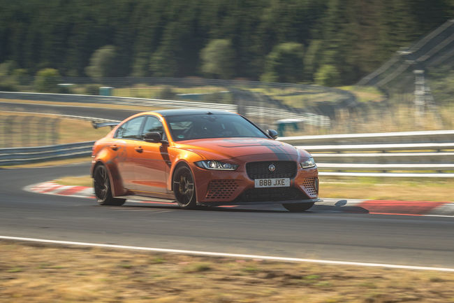 Nürburgring : la Jaguar XE SV Project 8 bat son propre record