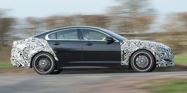 La Jaguar XF passe au 4 cylindres Diesel