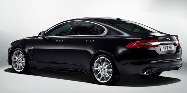la jaguar xf 2 2d perd des chevaux actualit automobile motorlegend. Black Bedroom Furniture Sets. Home Design Ideas