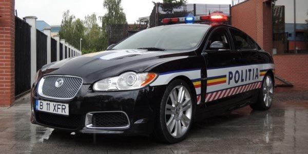Une Jaguar XF-R pour la police roumaine