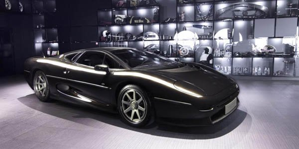 Overdrive AD rajeunit la Jaguar XJ220