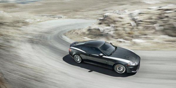 Arden retouche la Jaguar XKR 75