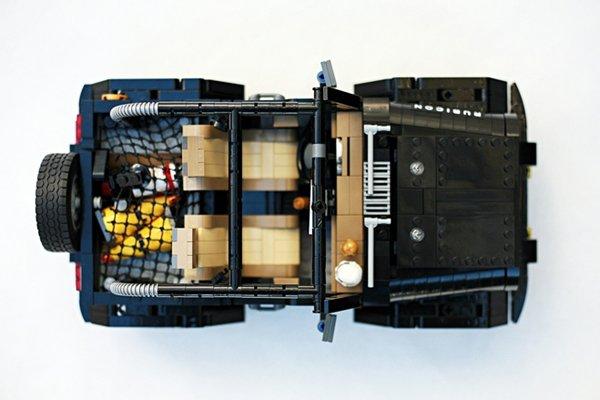 Une Jeep Wrangler Rubicon en Lego