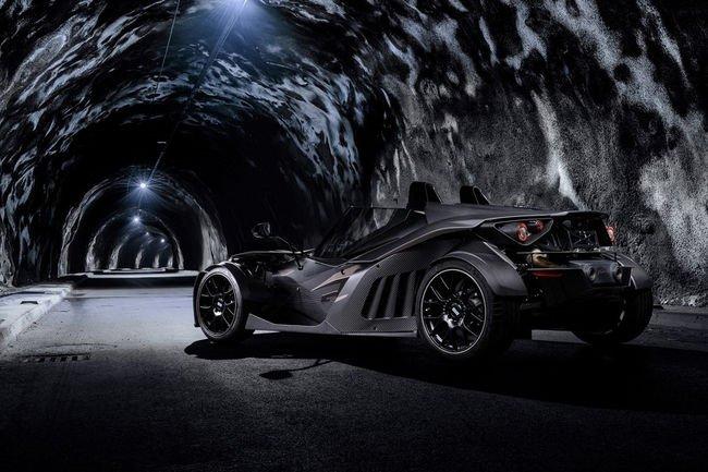 Une déclinaison Black Edition pour la KTM X-Bow GT