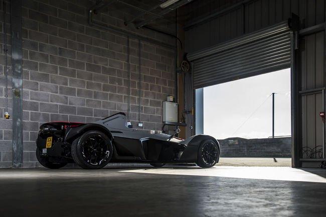 La BAC Mono plus rapide qu'une McLaren P1 GTR