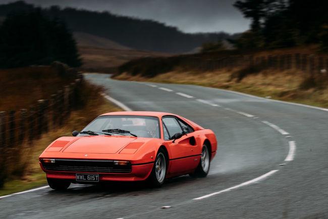 Et la meilleur Ferrari V8 de l'histoire est...