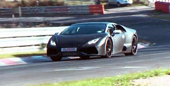 La Lamborghini Cabrera sur le ring