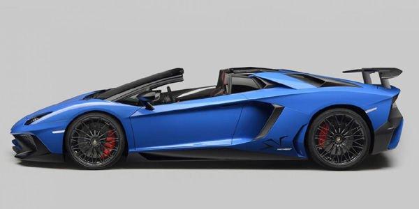La Lamborghini Aventador SV Roadster dévoilée