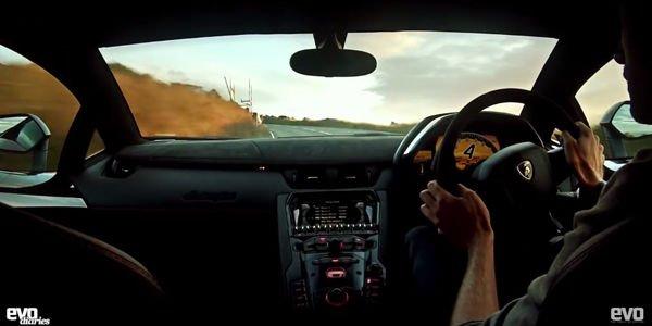 La Lamborghini Aventador SV sur l'Ile de Man