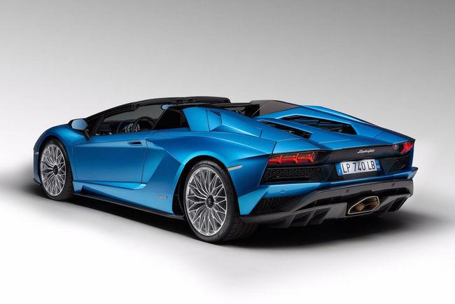 Nouvelle Lamborghini Aventador S Roadster