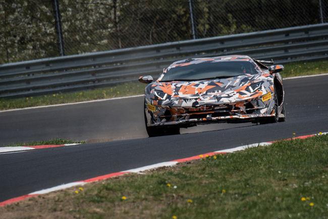 La Lamborghini Aventador SVJ se montre sans camouflage