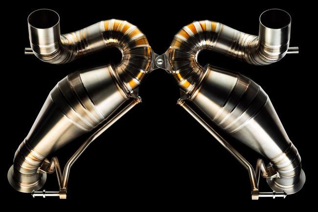 Nouvel échappement signé Valentino Balboni pour l'Aventador SVJ