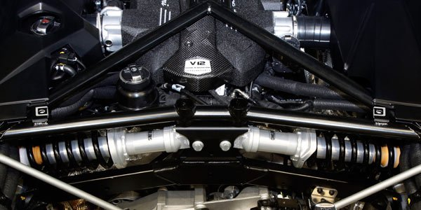 Lamborghini, les dessous de la LP700