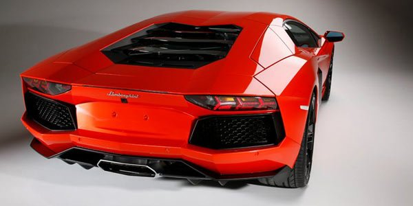 Lamborghini Aventador, quelques notes