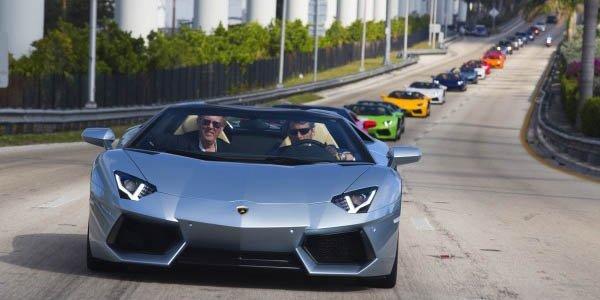 L'Aventador Roadster envahit Miami