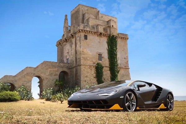 La Lamborghini Centenario en action à Nardo