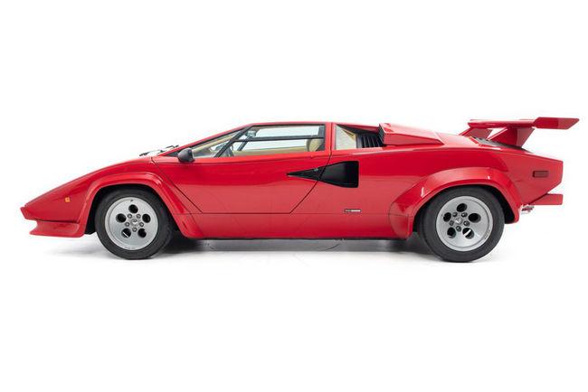 Offrez-vous la Lamborghini Countach de Mario Andretti