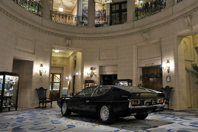 Une Lamborghini Espada en visite à Londres