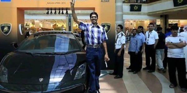Un taxi indien gagne une Gallardo