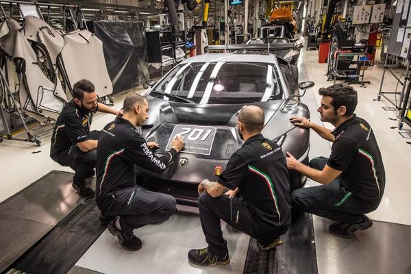 Huracan GT3 et Super Trofeo : déjà plus de 200 exemplaires