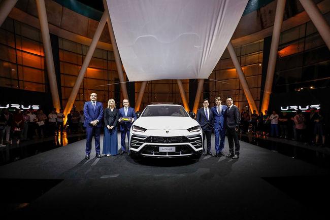 Le Lamborghini Urus présenté à Singapour