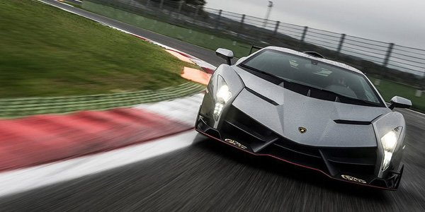La Lamborghini Veneno en vidéo sur piste
