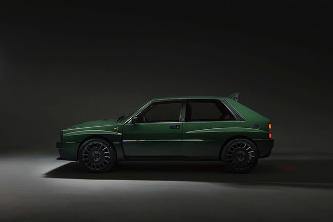 Lancia Delta Futurista par Automobili Amos