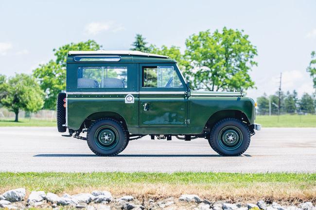 Le Land Rover du Dalaï-Lama aux enchères