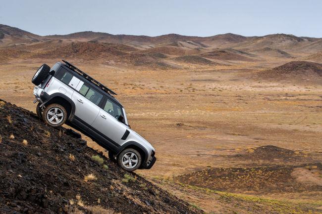 Land Rover Defender : une option commande à distance à l'étude