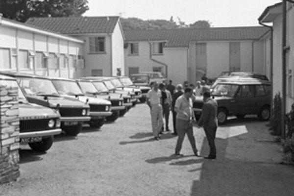 Un modèle Range Rover historique aux enchères
