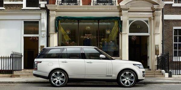 Le Range Rover monte (encore) en gamme