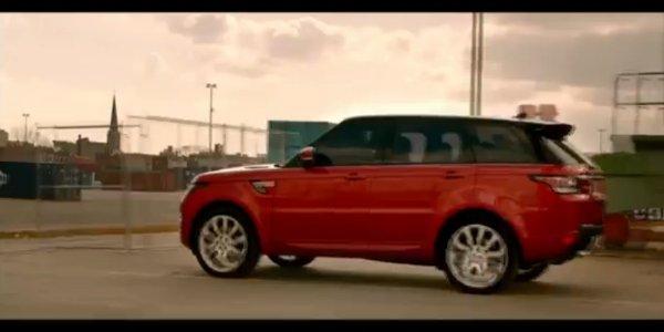 Daniel Craig livre le Range Rover Sport