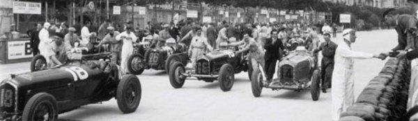 A lire : Lartigue et les autos de course