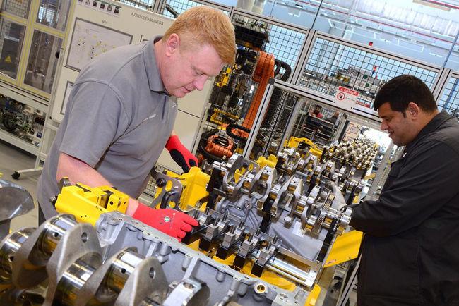 Jaguar lance la production de son nouveau 4 cylindres