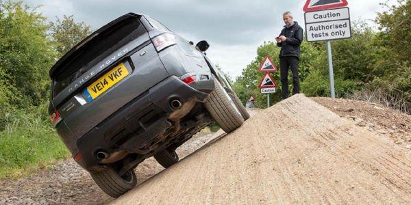 Jaguar Land Rover innove avec le contrôle à distance