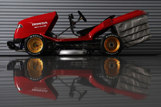 Le Honda Mean Mower is back !