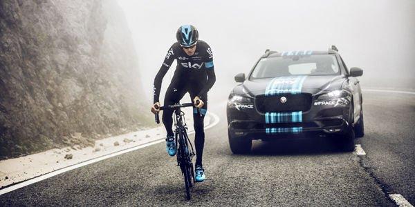 La Jaguar F-Pace au départ du Tour de France