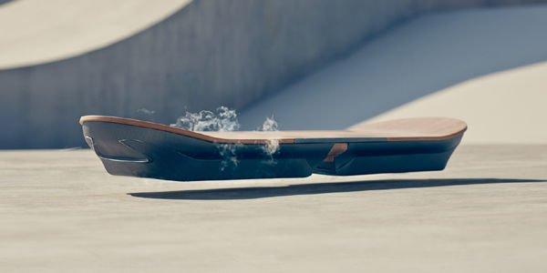 Lexus dévoile son Hoverboard en action