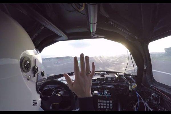 Roborace : le prototype autonome DevBot a roulé à Silverstone