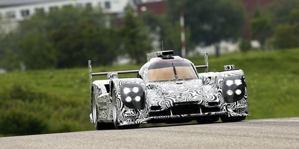 Le proto Porsche LMP1 déjà en piste !