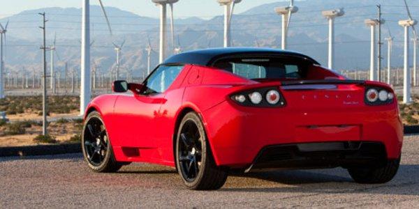 Le SUV Tesla a un nom