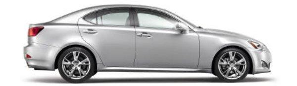 Lexus IS restylée : le jeu des 7 erreurs