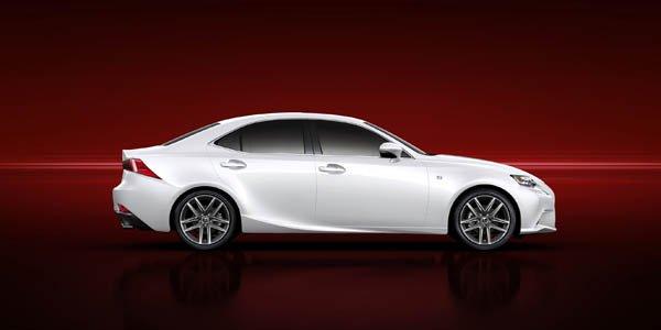 La nouvelle Lexus IS dévoilée