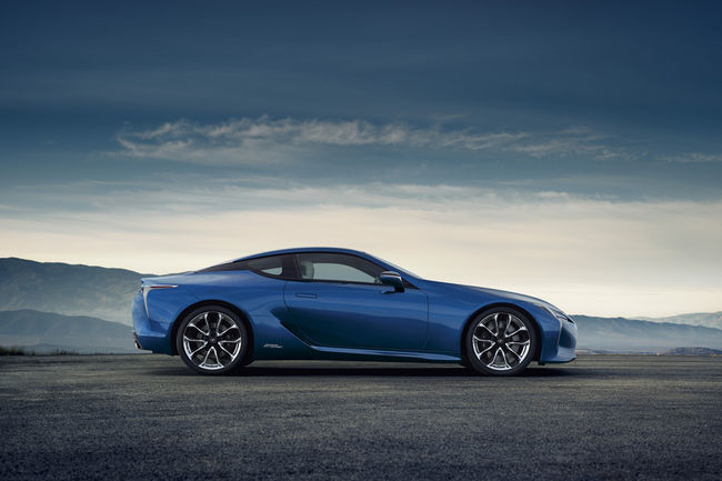 Lexus LC Blue Edition : livrée inédite